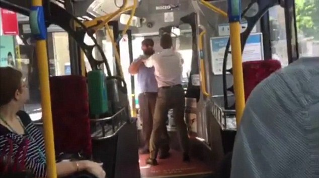 travel safety tips - bus Fight